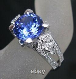 14KT White Gold 1.85 Carat Natural Blue Tanzanite IGI Certified Diamond Ring