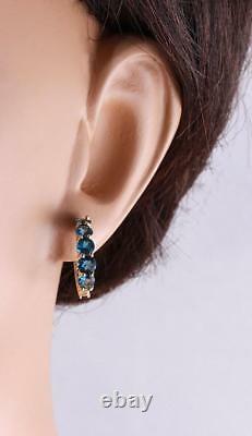 2.60 Carats Natural London Blue Topaz 14k Boucles D'oreilles Huggie En Or Jaune Massif