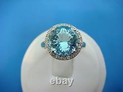 3 Carat Gorgeous Sky Blue Topaz And Halo Diamonds Ladies Ring, 14k Or Jaune