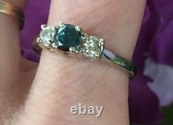 Bague Diamant Bleu Et Blanc De 14 K. 81 Carats Taille 71/2