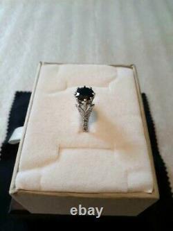 Magnifique 2 Carat Black Sapphire & Diamonds Solitaire 10k Solid White Gold Ring