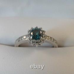 Na Hoku 0.70 Ct Blue Diamond Halo 14 Karat White Gold Ring Taille 5.5