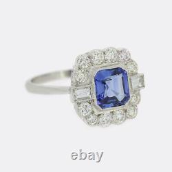 Style Art Déco 1.50 Carat Sapphire Et Diamond Cluster Anneau Platinum